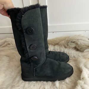UGG Australia Black Bailey Button Triplet Boot 8